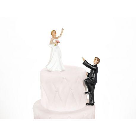 Postavička na svadobnú tortu