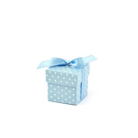 Modrá krabička na darčeky pre hostí s bodkami
