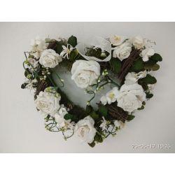 Biele dekoračné srdce z ruží