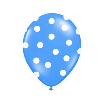 Modrý balón s bielymi bodkami